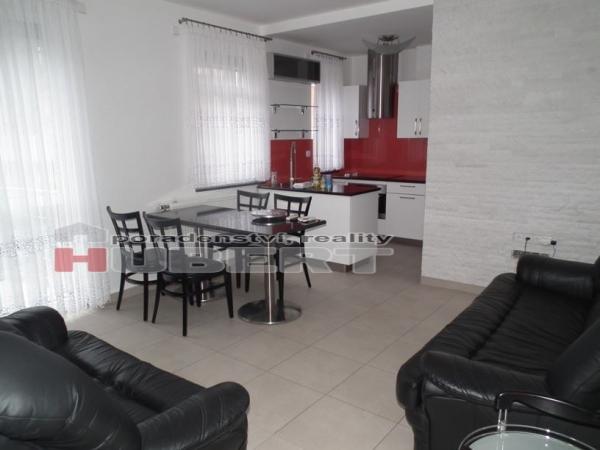 Prodej: atypický cihlový domek 3+kk (96 m2)v klidné části Zlína - lokalita Letná