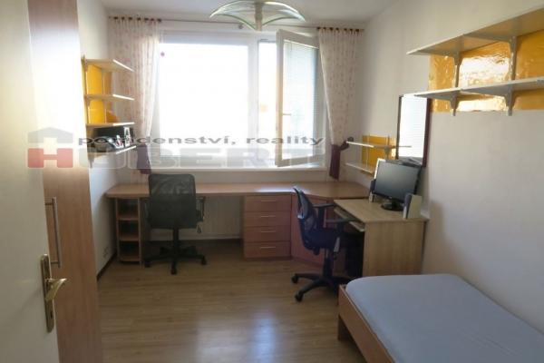 Prodej: pěkný byt 4+1 (90 m2) s lodžií, v klidné části Zlína