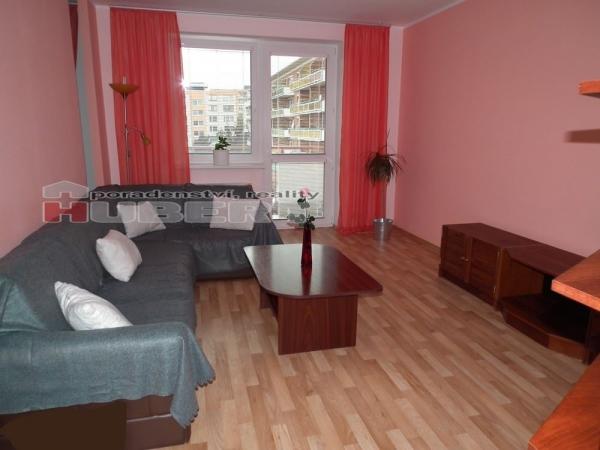 Pronájem pěkný byt 2+1 (68m2)s balkónem v klidné části Zlína,lokalita Podlesí
