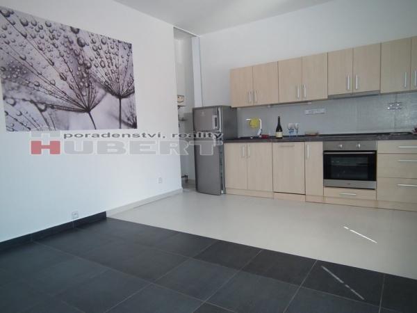 Pronájem: pěkný, nový byt 2+kk (50 m2) novostavba v centru Zlína