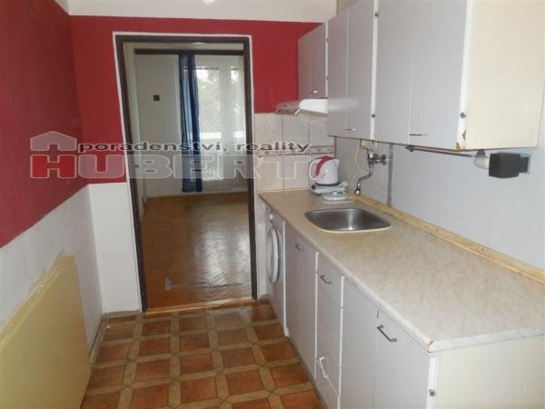 Prodej: pěkný byt 1+kk (29 m2) s výtahem, v obci Otrokovice, část Kvítkovice