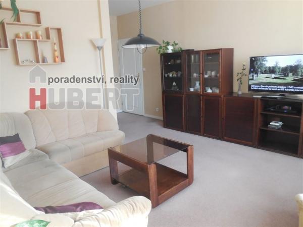 Prodej: zrekonstruovaný pěkný byt 4+1 (77 m2) ve Zlíně, Jižní svahy